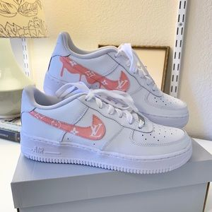 Custom Nike Air Force 1 LV pink white low top